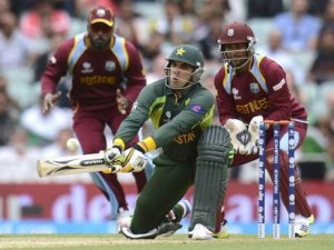 The ICC must be consistent following suspension and fine imposed on West Indies wicketkeeper Denesh Ramdin (right).