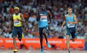Kirani James (centre) storming to victory.