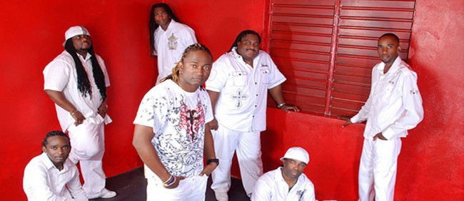 Edwin Yearwood with his fellow krosfyah members