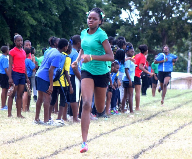 Dana Brathwaite of Green House pulled away from the field to win the under-15 girls 200m.