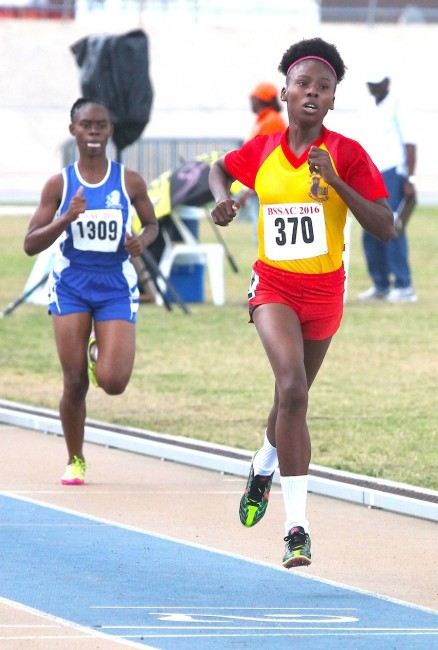 Mary Fraser topped the under-20 girls  to capture the divisional championship.
