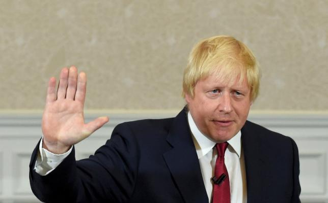 Vote Leave campaign leader, Boris Johnson, waves as he finishes delivering his speech in London, Britain, on Thursday.