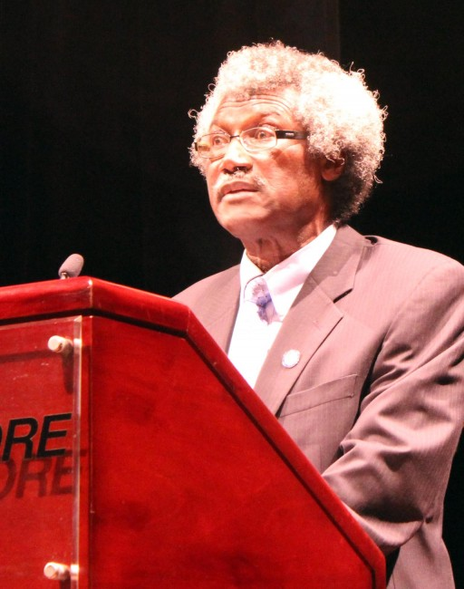 Sir Dwight Venner fielding questions after his presentation of the Sixth Annual Leo Leacock Memorial Lecture.