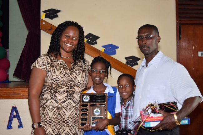 Best Overall Female Student Aarin Hoyte with mum Alison Smith, brother Aidan Hoyte and dad Rumell Hoyte.