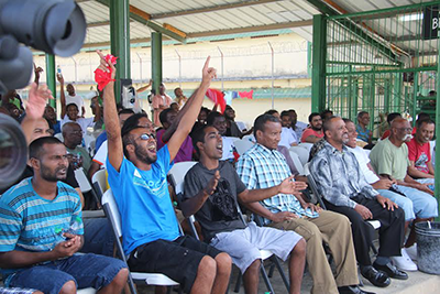 Inmates at the Golden Grove Remand Prison show their support to fellow inmates who competed in Kaisoca Fusion.