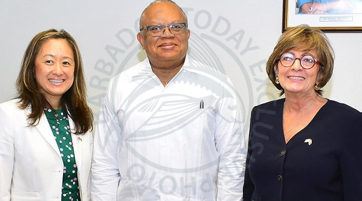 Minister of Foreign Affairs and Foreign Trade, Senator Dr Jerome Walcott poses with US Department of State's Principal Deputy Assistant Secretary for the Western Hemisphere Affairs, Julia Chung (left) and US Ambassador to Barbados, Linda Taglialatela at a recent courtesy call at the Ministry of Foreign Affairs and Foreign Trade. (BGIS)